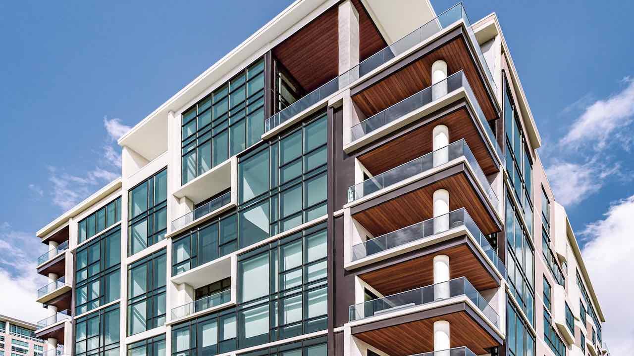 マンションと戸建、新築と中古の特徴を比較